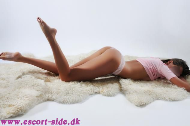 deep throat sex massage og escort århus